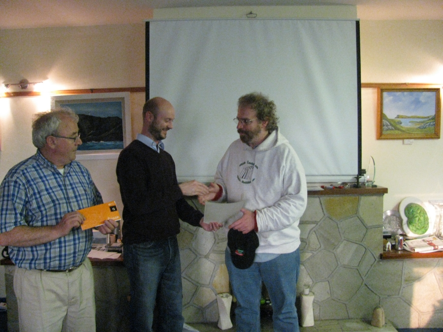 Certicates being awarded at the end of the Múineadh na Gaeilge course